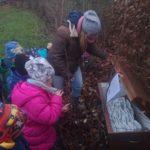 Rüsselchen-Kinder finden Weihnachts-Schatz